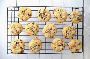 Chocolate Chip Peppermint Bark Cookies from sprinkledsideup.com ...