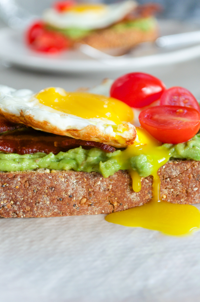 Avocado Toasts with Bacon and Egg from www.sprinkledsideup.com