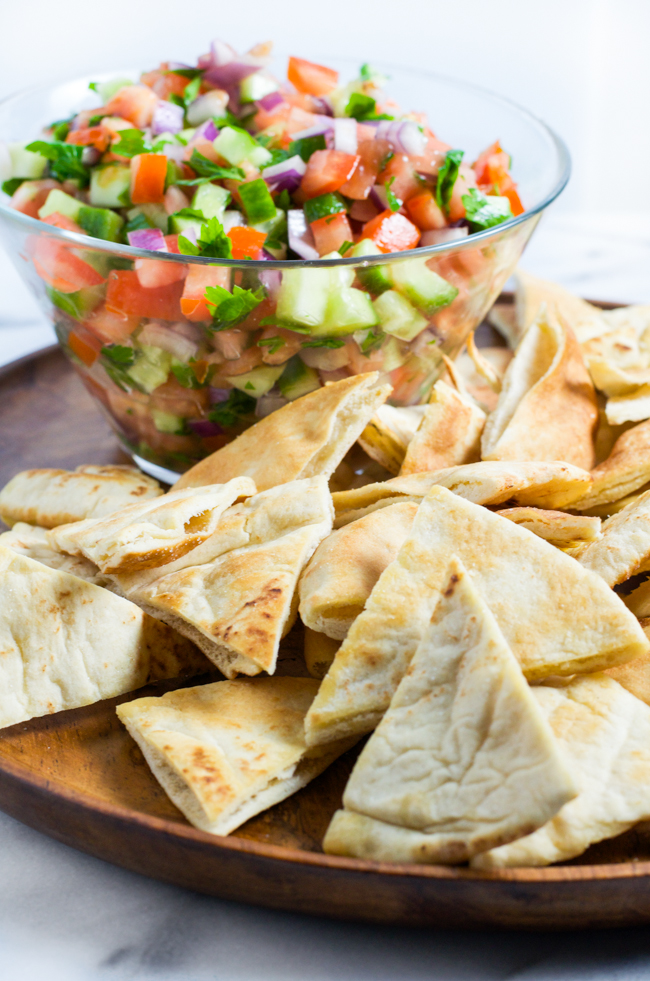 Israeli Salad Salsa, the perfect year-round entertaining dish from www.sprinkledsideup.com