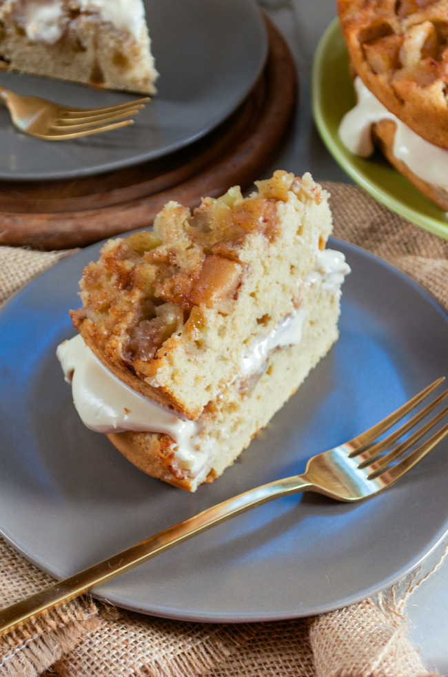 Apple Layer Cake from www.sprinkledsideup.com