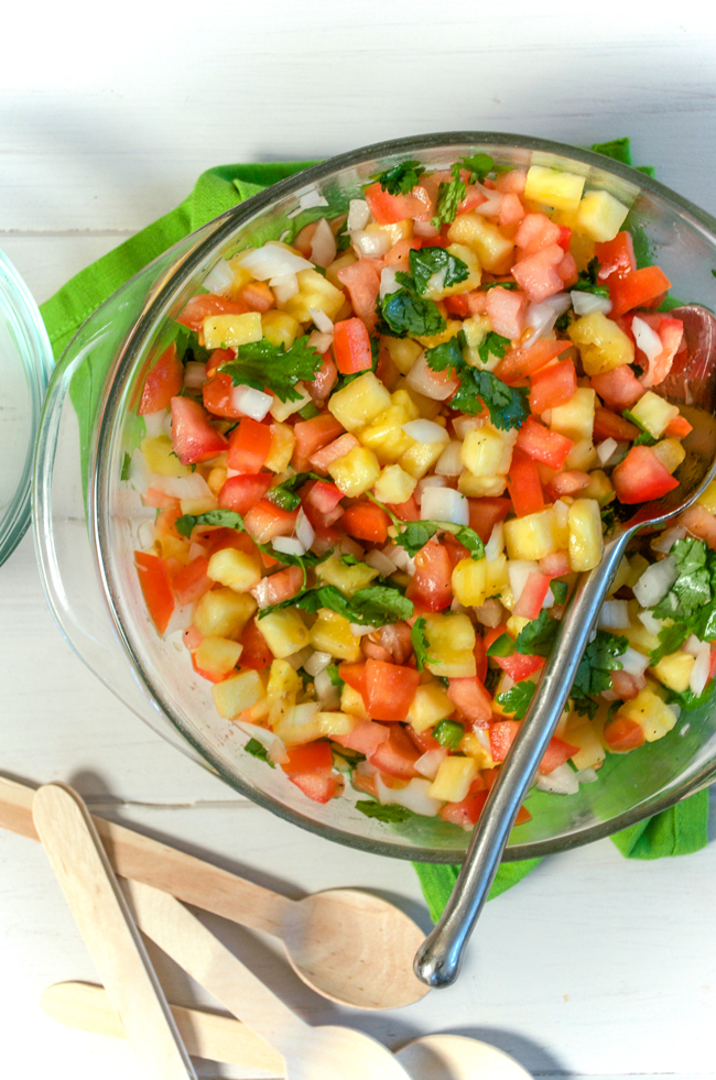 Pineapple Salsa from www.sprinkledsideup.com