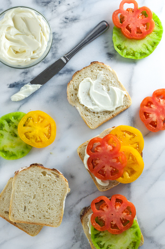 Heirloom Summer Tomato Sandwiches from www.sprinkledsideup.com